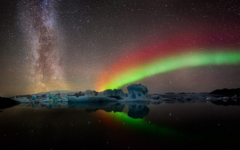 milkyway aurora panorama