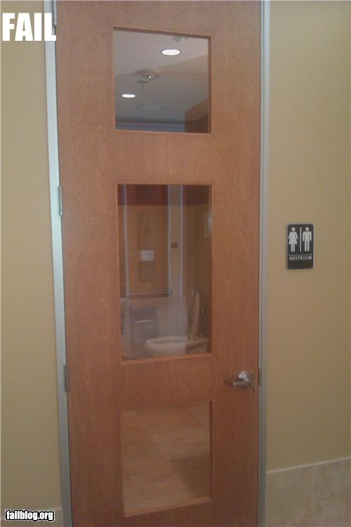 epic fail photos - Bathroom Privacy FAIL