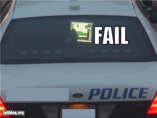 epic fail photos - Police Working FAIL
