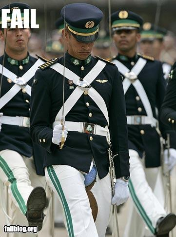 epic fail photos - CLASSIC: Uniform FAIL