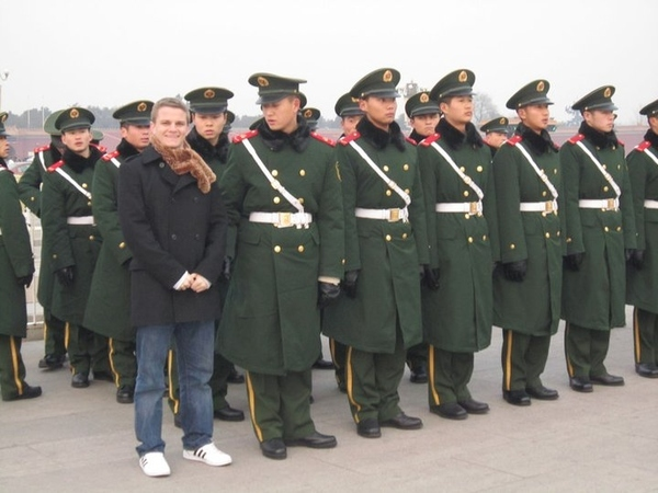 Chinese Army Photobomb