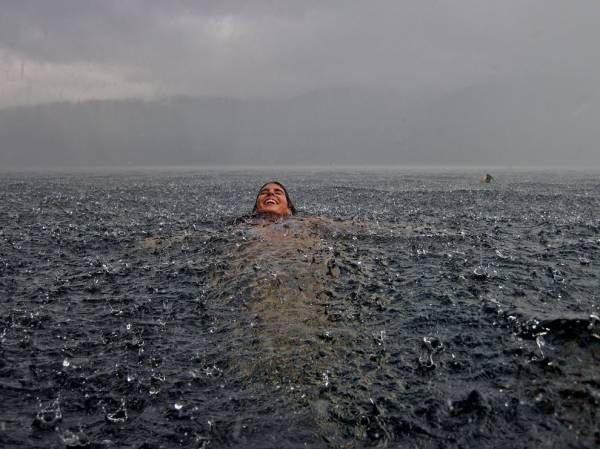 Swimming in the lake during a storm | Funny Pictures, Quotes ...
