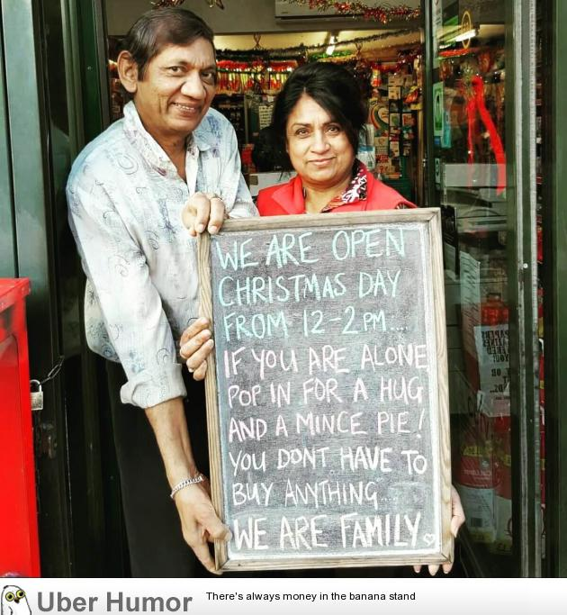 The true spirit of Christmas   uberHumor.com