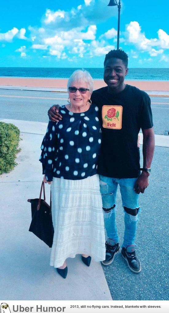 A 22 year old guy from Harlem befriended an 81 year old woman who he met playing Words with Friends over the past year. Last week he traveled to Florida and met her in person for the first time. | uberHumor.com